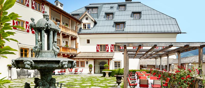 exterior-schloss-mittersill-kitzbuhel-austria.jpg